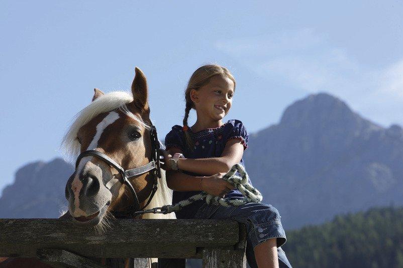 Erlebnisreicher Urlaub auf dem Bauernhof in Südtirol mit Kindern